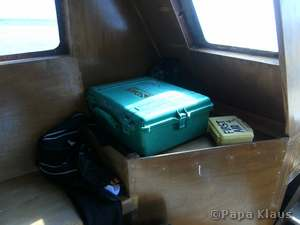 Oxygen and first aid box on board