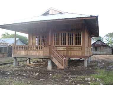 Woloan Village: Traditional Minahasa Houses in Woloan